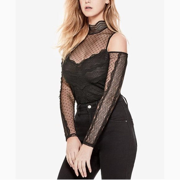 37f434cba84a6 Guess Cold shoulder lace top